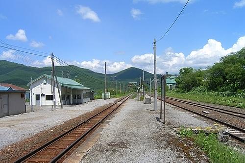 東鹿越駅ホーム