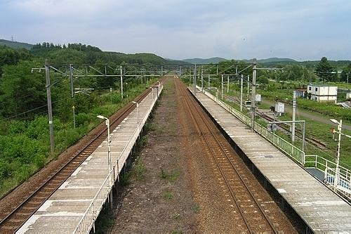 伊納駅構内