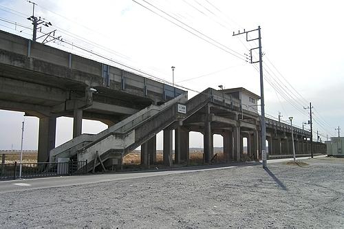 十二橋駅全体