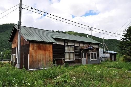上白滝駅・駅舎