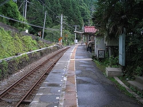 白丸駅ホーム