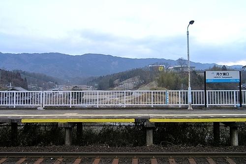 月ヶ瀬口駅ホームの眺め