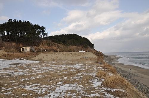 海岸線と有家駅