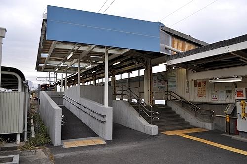 海芝浦駅出入口