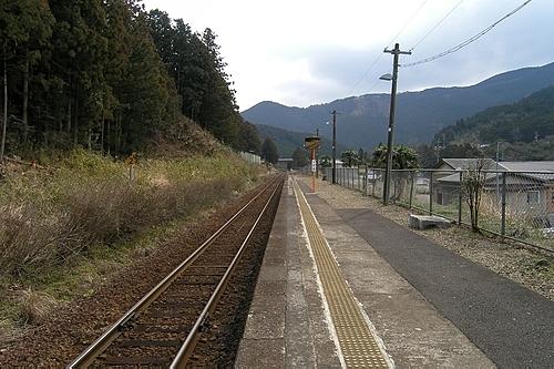 阿曽駅ホーム