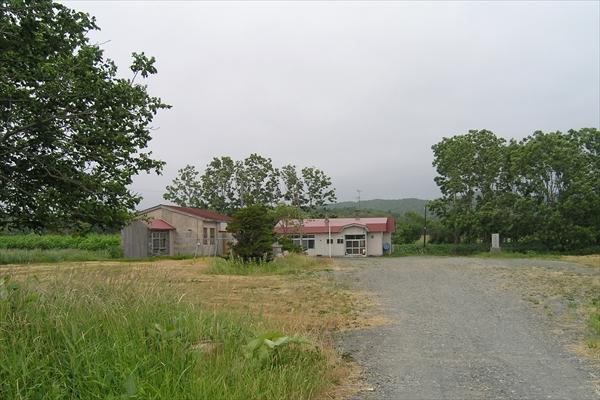安牛小学校・校舎跡